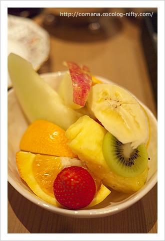 デザートのフルーツ盛り合わせ