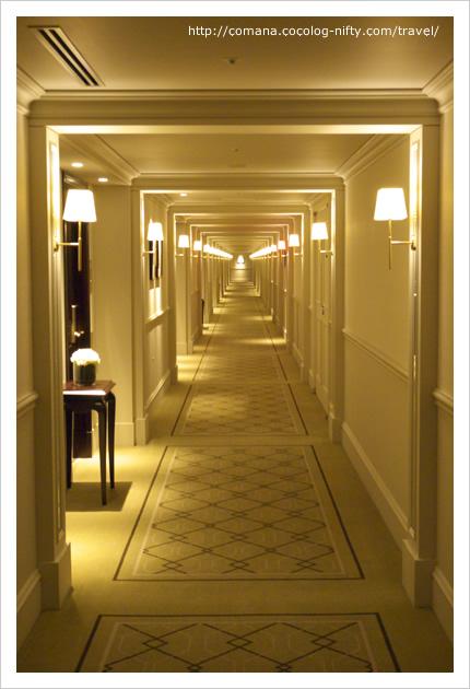 長ーい廊下