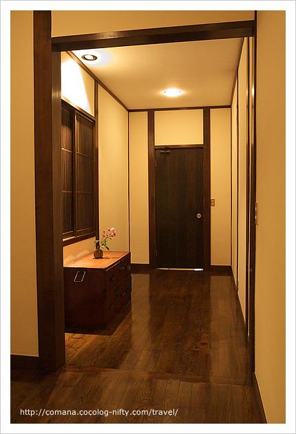 部屋の中の廊下