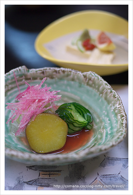 白菜白煮 薩摩芋 蛇腹胡瓜の梅肉酢掛け